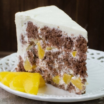Сметанник шоколадный с персиком или ананасом