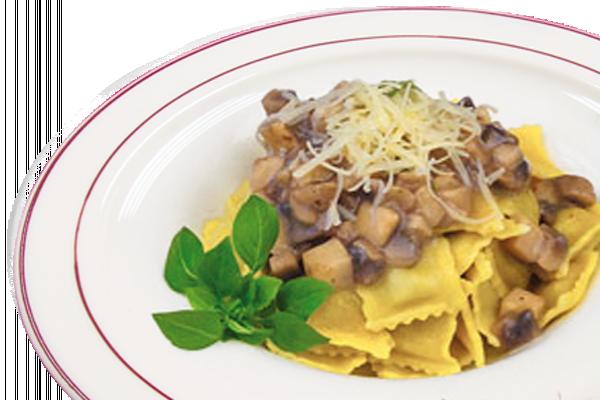 Равиоли с сыром и грибным соусом У Палыча