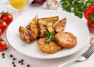 Медальоны из курицы с картофелем по-деревенски